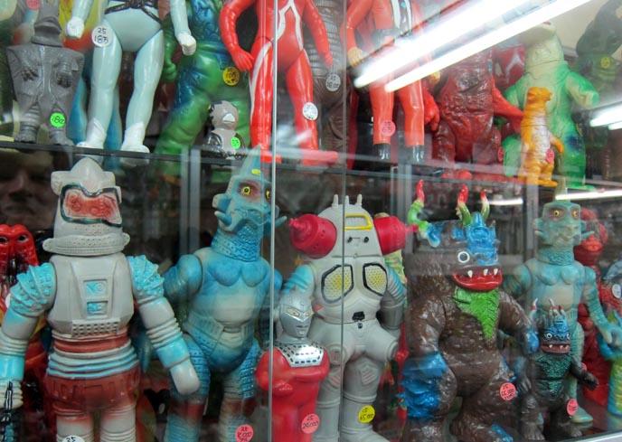nakano broadway, tokyo otaku district, akihabara, manga anime stores, where to buy vinyl figures, figurines japan, japanese nerds, dirty underwear vending machines, tenga eggs, nerd otaku area, video game stores, collectibles, comic books, action figures, broadway mall, nakano station japan, robot toys