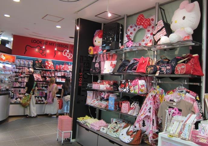 6e87dd18b cute gothic lolita girls, harajuku clothes, gothic lolita clothing,  shopping cute sweet loli. A bonus snap from the Hello Kitty store ...