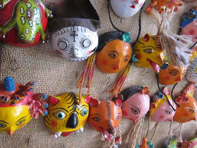 mexican ice cream, mexico sherbet, calaveras de azúcar, MEXICAN SKULLS & SKELETON ART: CATRIONA STATUES, CALAVERAS. MAZATLAN ART WALK, NIDART LEATHER MASKS. DAY OF THE DEAD makeup, face paint, Día de Muertos art, goth mexico, DIA DE LOS MUERTOS, MEXICAN graveyard altars. BREAD OF THE DEAD, MAZATLAN MEXICO, SKELETON lady, catriona, la catrina, Mexico ritual honor dead, graveyards, altars, ofrendas, sugar skulls, cempasúchil, sugar skull art, La Calavera de la Catrina, skeleton woman art statues