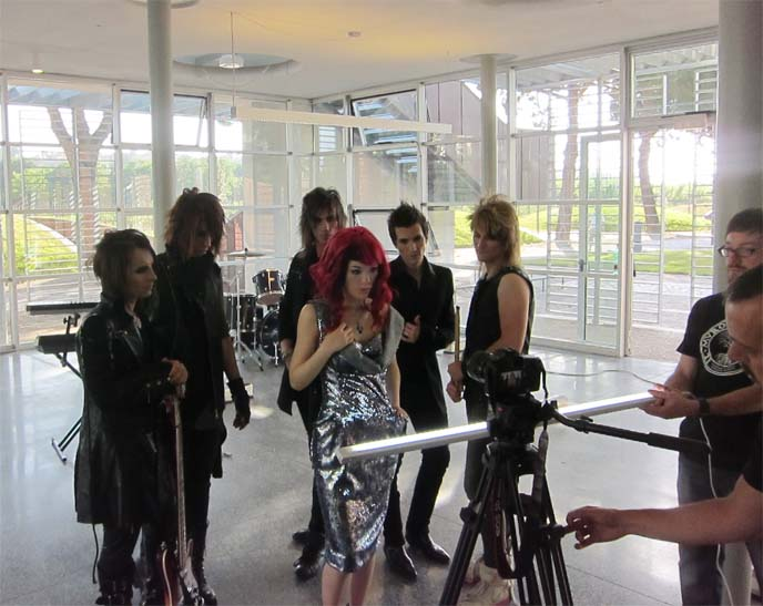 dnr, dreams not reality, rock princess, la carmina music video, rock princess pv, luisaviaroma, firenze4ever, axia, ash, kira dnr, sieg, la carmina actress, vivienne westwood sparkly dress, westwood gown, westwood dresses, jrock style, jrock hairstyles, jrock hair, visual kei fashion, j-rock band pv, japanese rock music, visual kei makeup, italian rock bands, rome italy, solobuio, carlo roberti
