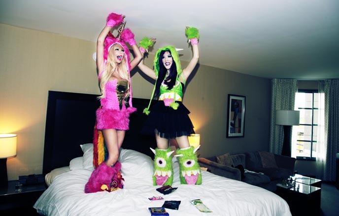 best halloween women costumes, adult sexy costume, j valentine, playboy model