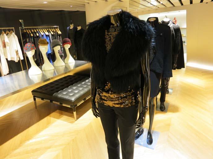 i.t store hong kong, hong kong clothes stores, causeway bay, i.t 官方授权店