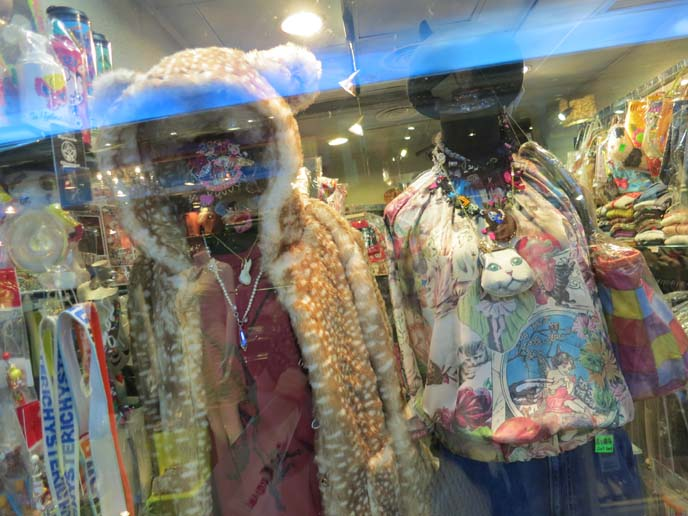 cat tshirt, cat face top, hong kong shopping, hong kong best stores, shop guide, best bout