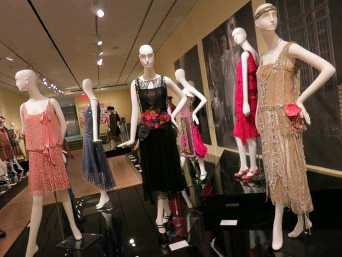 art deco dresses, 1920s, flapper dress chanel
