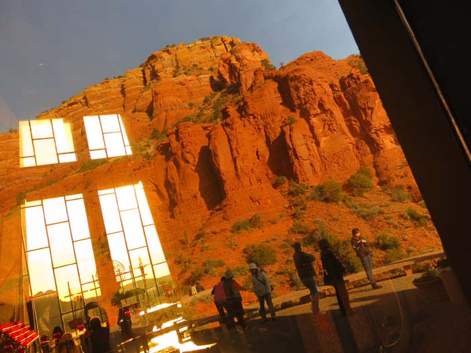 church in sedona, arizona, nature mountains glass chapel