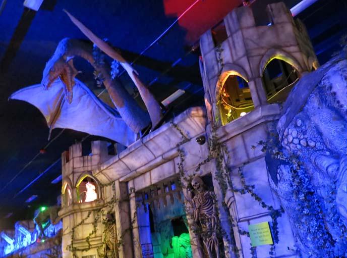 Monsterland Bar & Grill, haunted houses phoenix arizona, horror film sets