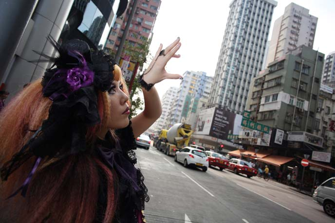 crimped hair, tokyo harajuku fashion, la carmina magazine, spider, GOTHIC LOLITA