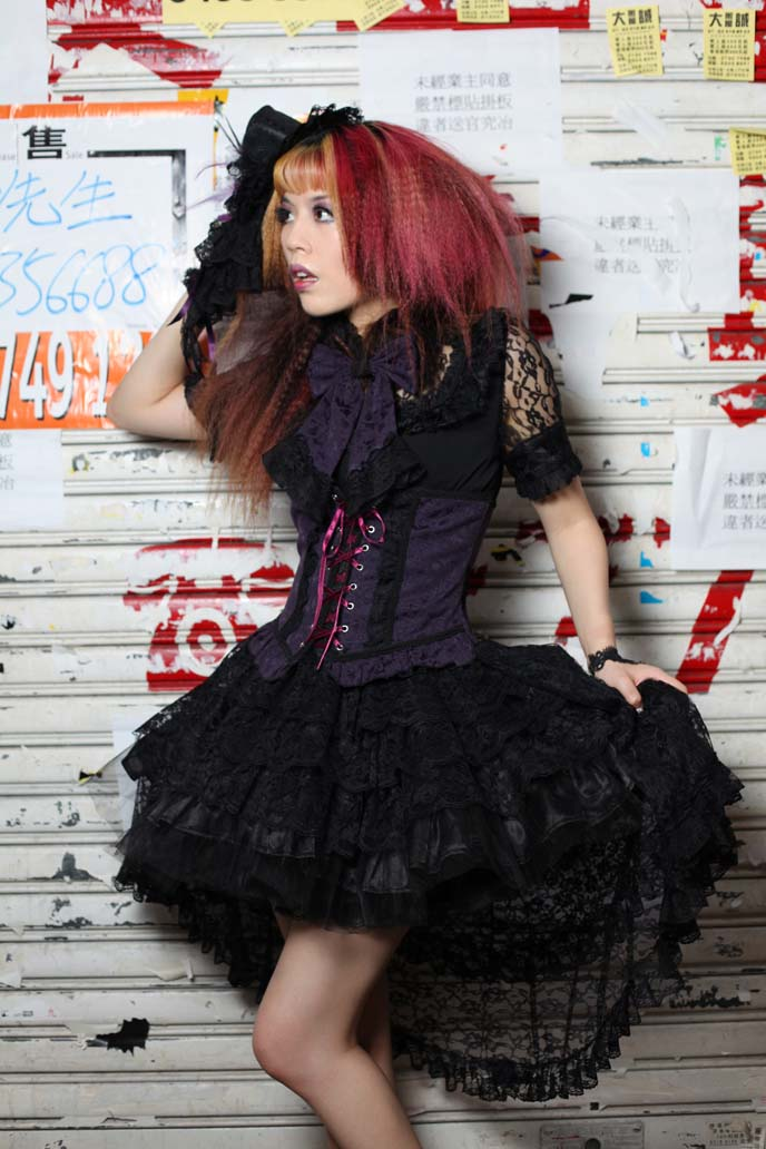 hong kong street style, gothic lolita
