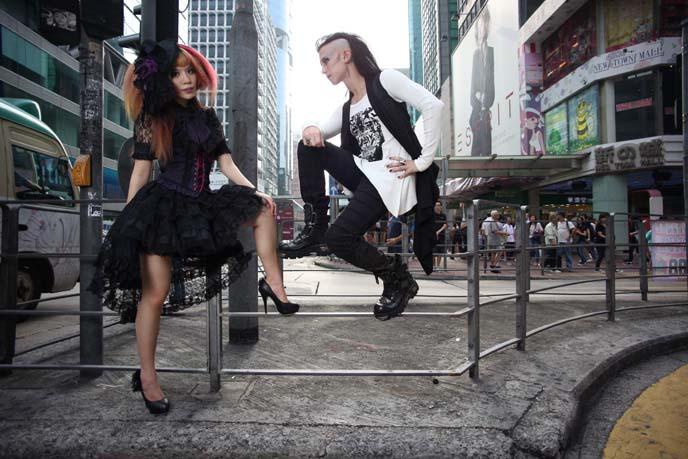 japanese goth makeup, visual kei hair, jrock hairstyle, deathrockers, deathrock hair, goth hair inspiration