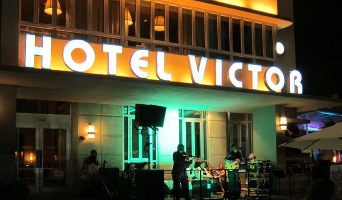 hotel victor, the victor miami, neon miami signs, art deco hotel, miami deco hotels, neon art deco lights, vintage florida hotels