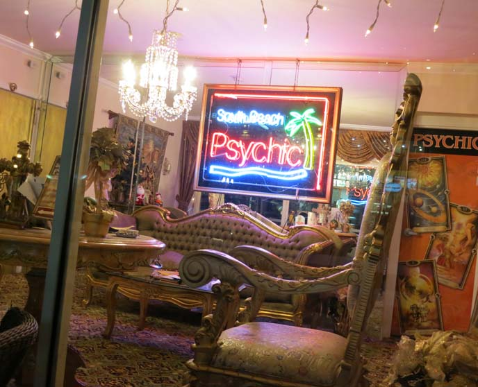 south beach psychic, tarot readings, miami psychic, new age, miami psychic reader, neon miami signs, art deco hotel, miami deco hotels, neon lights sign