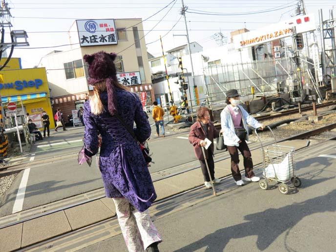 old japanese ladies, elderly japan, face masks
