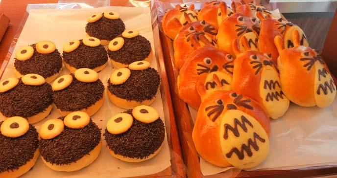 totoro cakes, totoro pastries, cute donuts