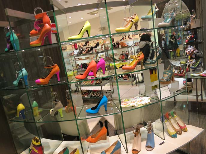 colorful heels, bright japanese shoes