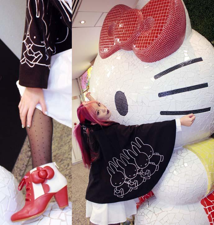 hello kitty statue, sanrio store shinjuku, Sanrio Gift Gate