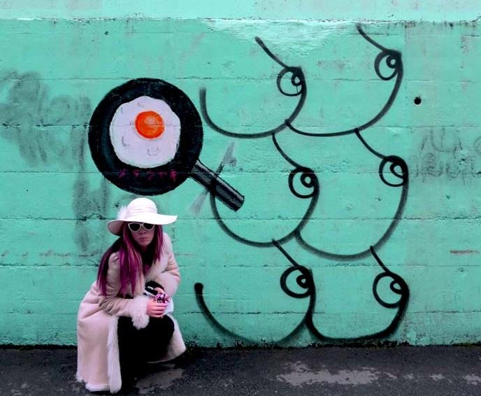 japanese graffiti, street art, nakano murals