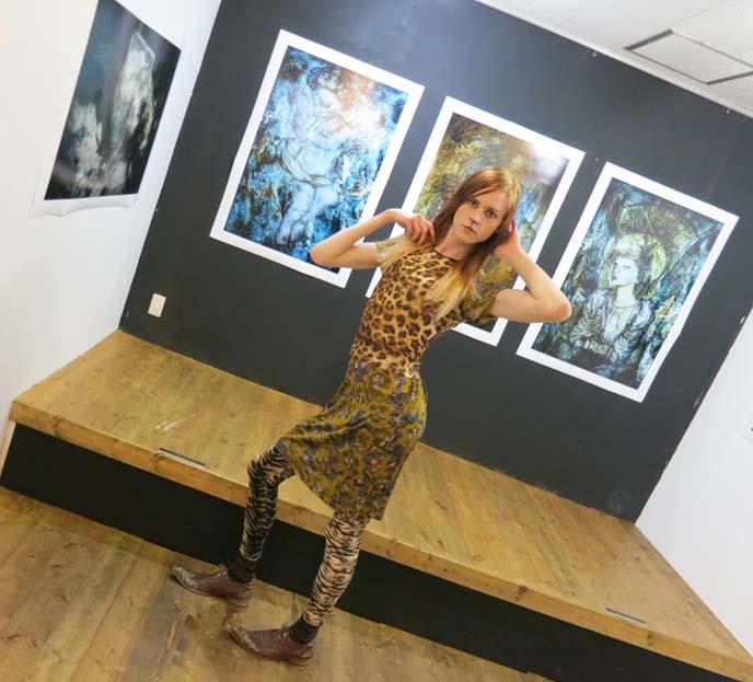 omega algea art gallery, japanese underground art