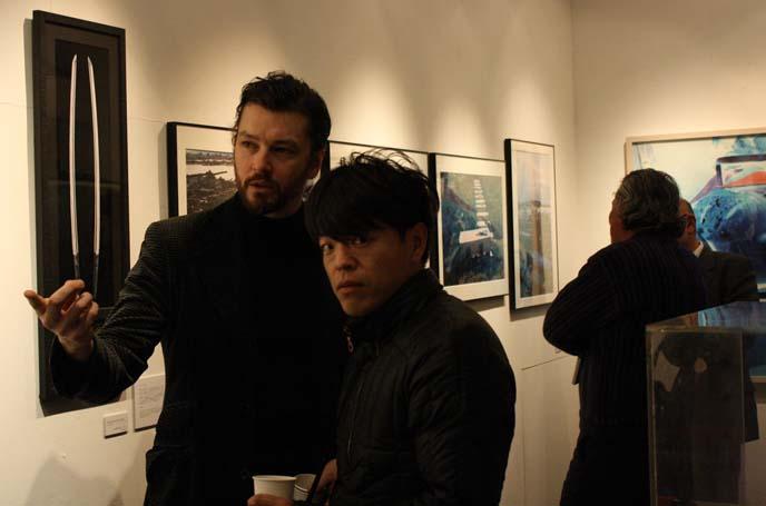 katana art, japanese underground art exhibit