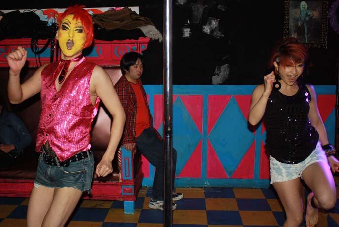 japanese nightclub, crazy bar
