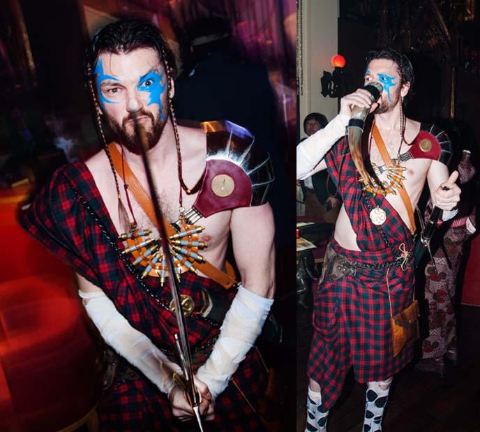 braveheart costume, cosplay, blue facepaint