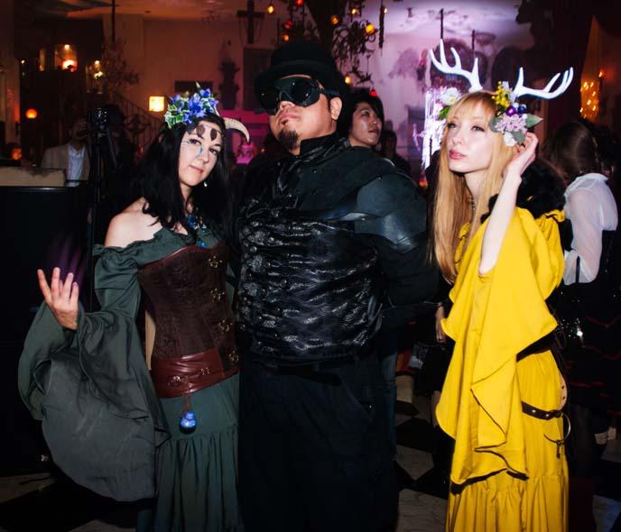 mori girls, tokyo mori fashion, deer antlers hair