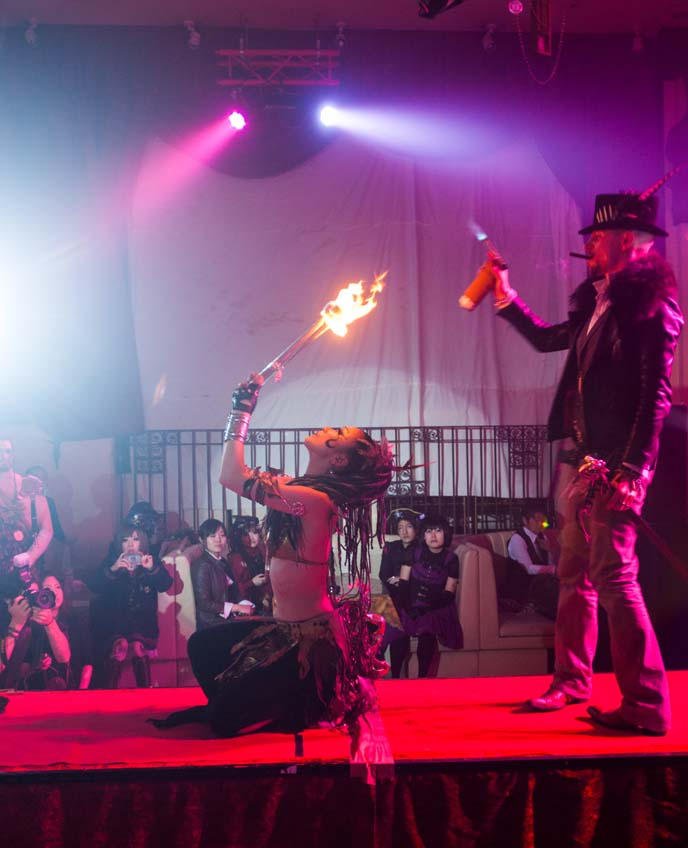 tokyo steampunk, fire breathers, chaos royale