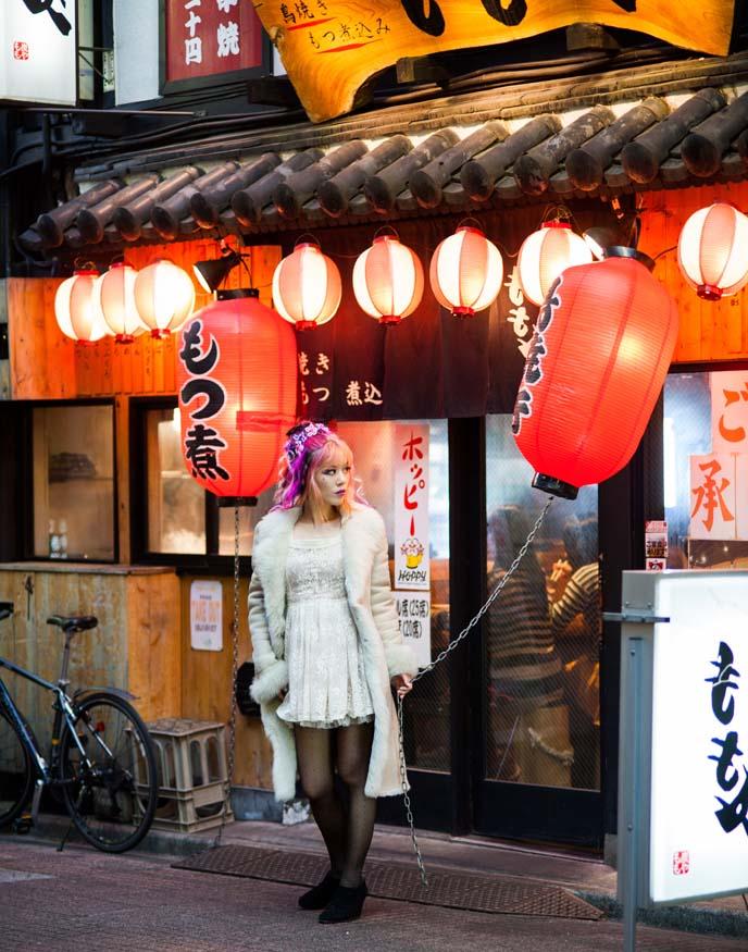 glowing lanterns, japanese night photography