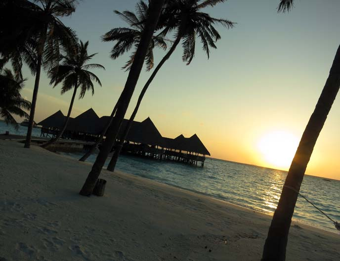 Maldives sunset, island paradise, treasure island