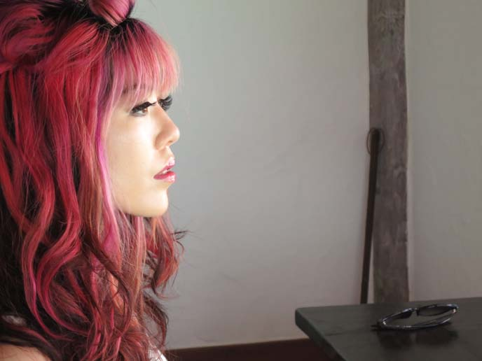 pink hair, curly pink hairstyle