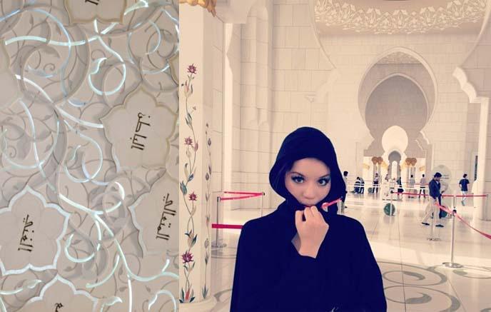 black abaya, middle eastern women's hooded robe