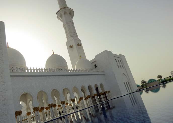 abu dhabi mosque, minarets, water pool