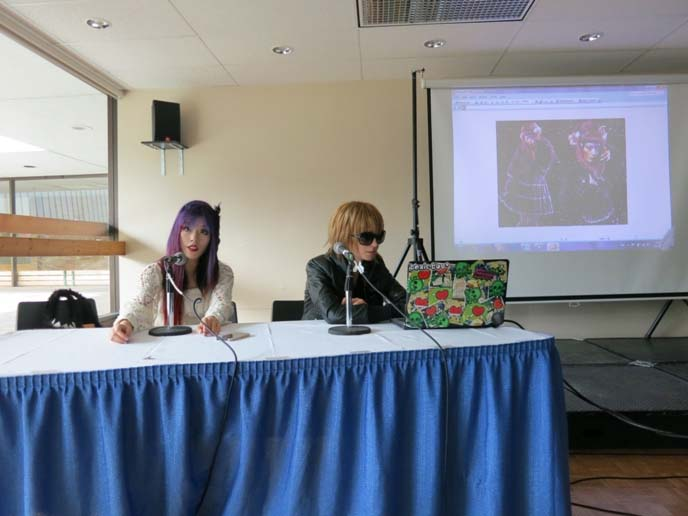 anime convention panels, speech