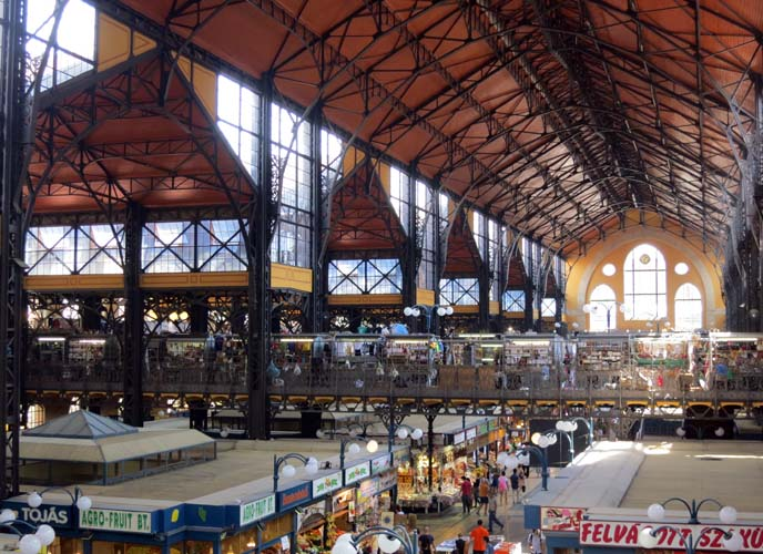 budapest Central Market Hall, wine tasting tour
