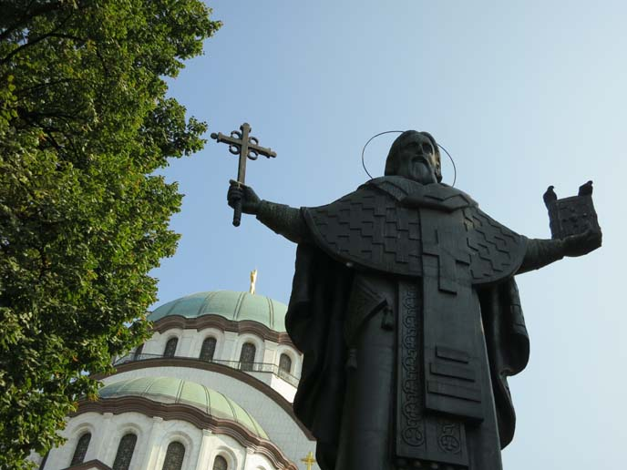 st sava statue, largest Orthodox church in the world