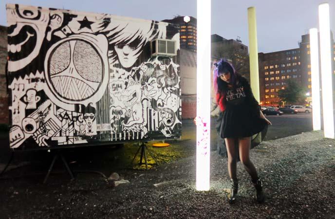 goth city, glowing art