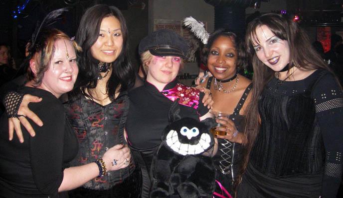 goth bars, gothic parties, seoul korea nightlife