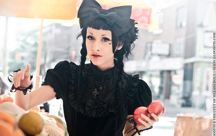 toronto gothic, gloomth lolita clothing