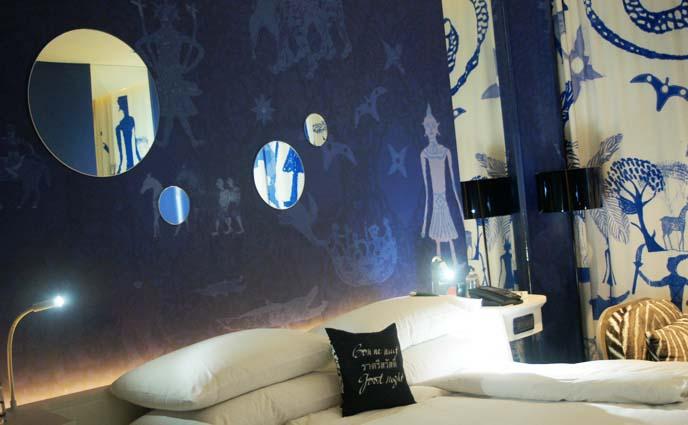 earth theme room, cool hotel design