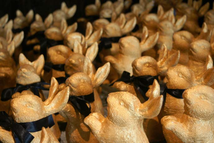 gold easter bunnies, rabbits