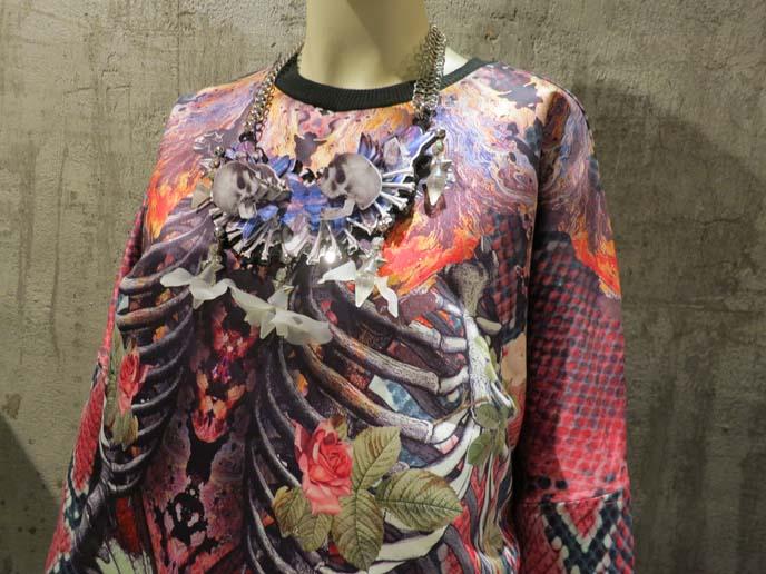 skulls, avantgarde thai clothes