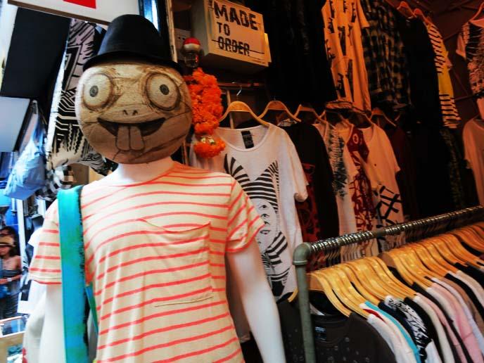 bangkok markets, hip clothing stalls