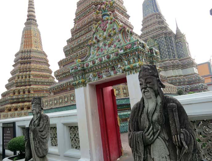 stupas, bell-shaped tower buddhist monastery