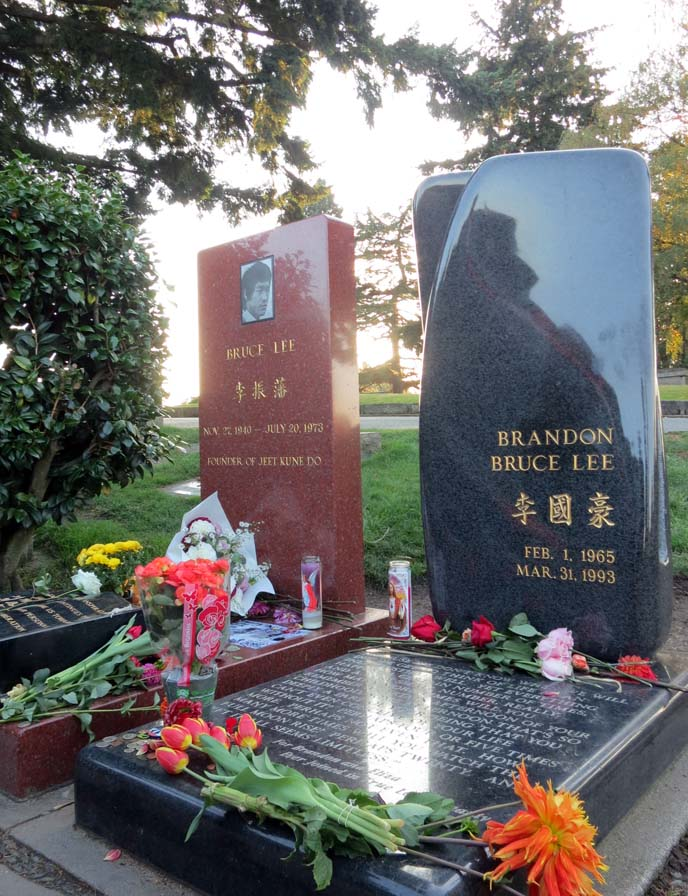 bruce lee grave, brandon lee headstone