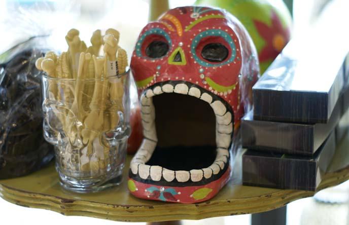 colorful dia de los muertos skull art