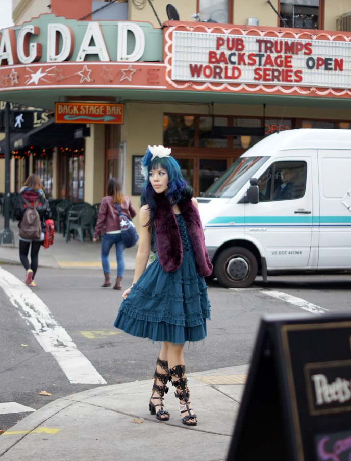turquoise hair color, blue dyed hair girl