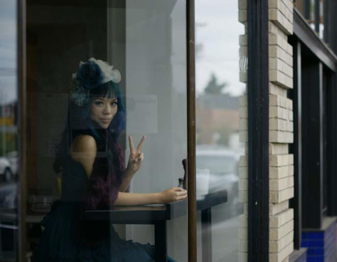 cafe window photography, hawthorne district portland