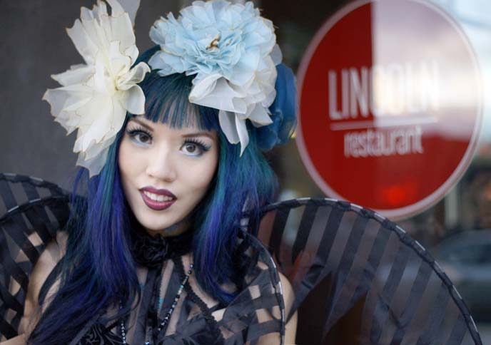 blue hair, turquoise hair color