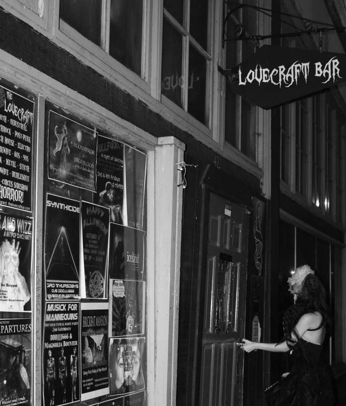 hp lovecraft bar, sci fi weird bars