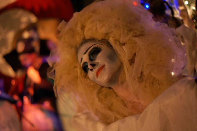 tim burton theatrical makeup, corpse bride