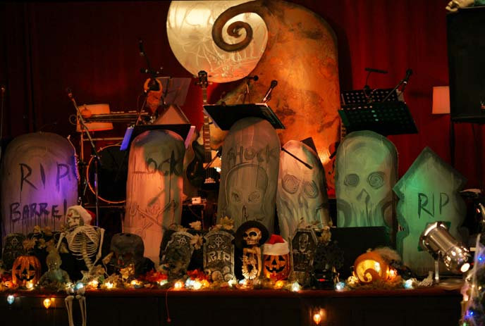 live musical, tim burton film nightmare before xmas